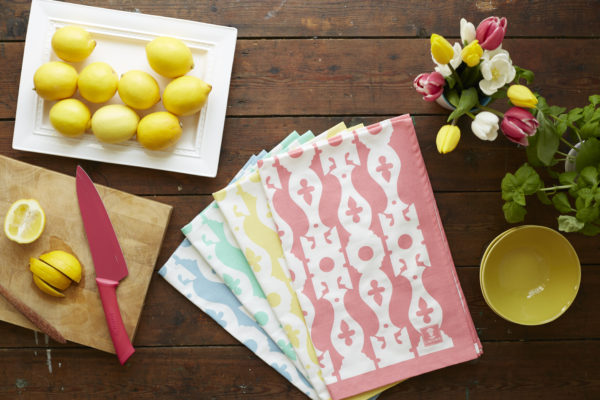 4-colours-lifestyle-shot-veranda-tea-towels