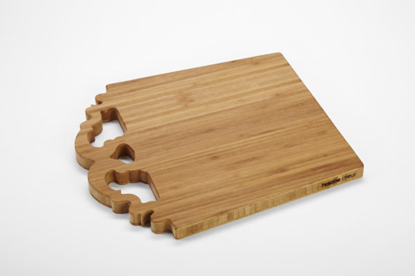 handled-bamboo-board_bar_haidee-drew