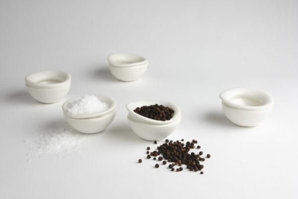 bowl_saltandpepper_porcelain_white_jodavies_gildedfinchbowls
